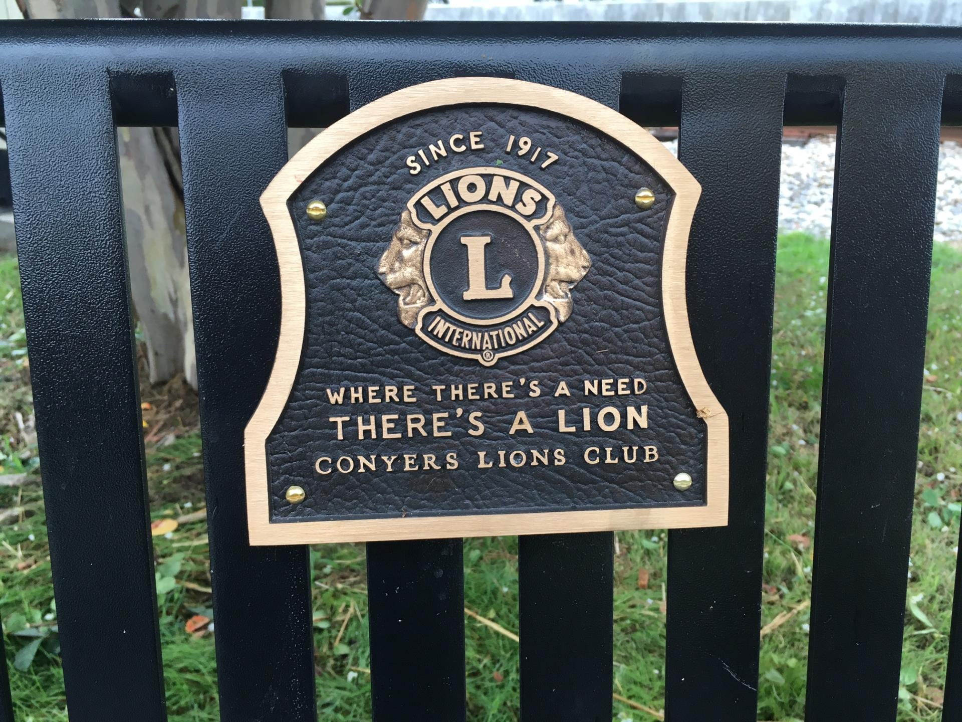 Lions Club bench plaque