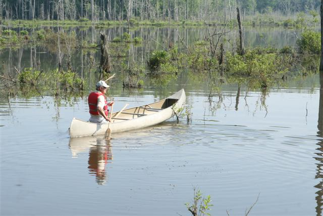 Lonnie in canoe (Small)